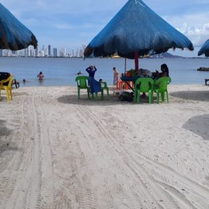 Tour a Playa Punta arena